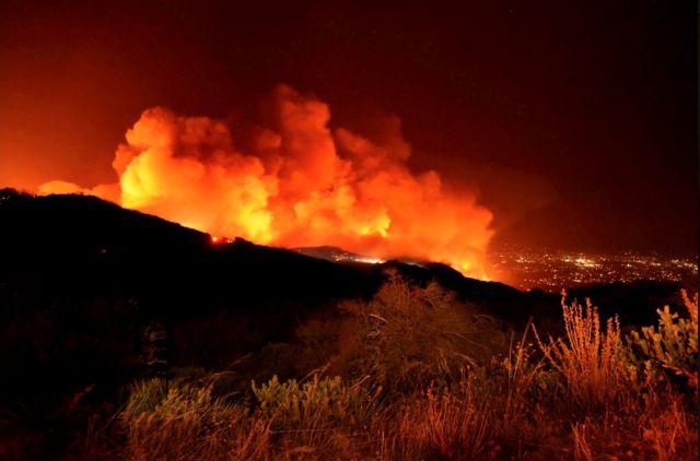 Νέα πυρκαγιά στην Καλιφόρνια – Απειλεί σπίτια στη Σάντα Μπάρμπαρα | tovima.gr