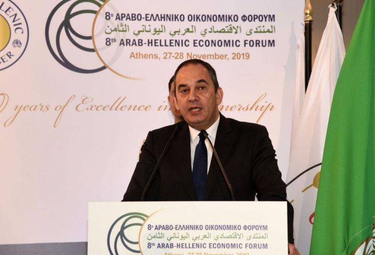 Πρόσκληση Πλακιωτάκη σε επενδυτές από το 8ο Αραβο – Ελληνικό Φόρουμ   tovima.gr
