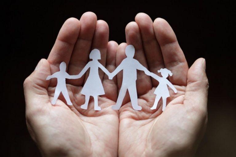 Επίδομα παιδιού : Άνοιξε η πλατφόρμα για τις αιτήσεις | tovima.gr