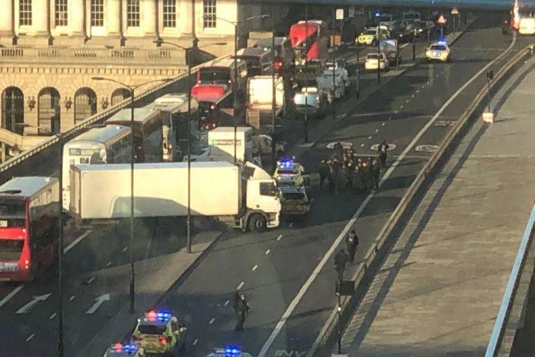 Λονδίνο : Συναγερμός μετά από πυροβολισμούς στη London Bridge | tovima.gr
