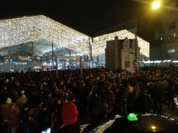 Παρίσι: Εκκενώθηκε σταθμός λόγω ύποπτης τσάντας | tovima.gr