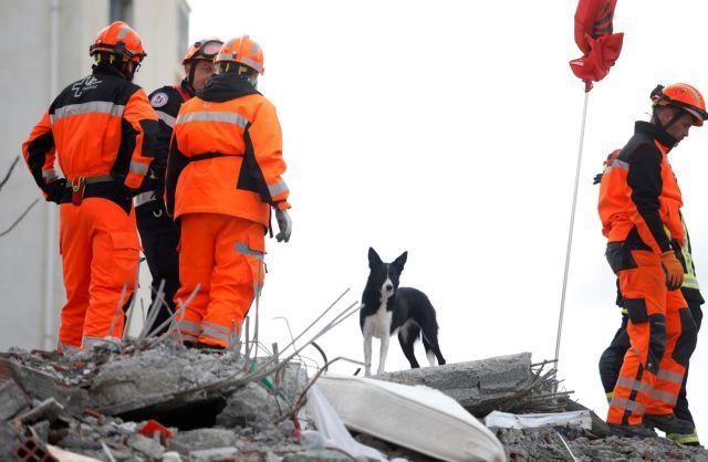 Το One Channel καταγράφει την ελληνική βοήθεια στην Αλβανία   tovima.gr