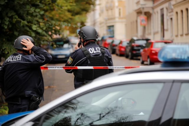Συναγερμός στη Γερμανία: Ομηρεία σε κατάστημα – Μία σύλληψη | tovima.gr