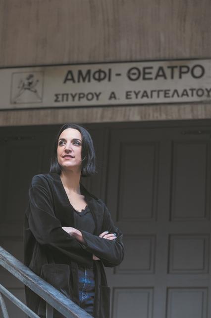 Φεστιβάλ στα χαρτιά, θέατρο στον αέρα | tovima.gr