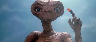 Ο E.T. αφήνει… το σπίτι του και επιστρέφει στη Γη 37 χρόνια μετά | tovima.gr