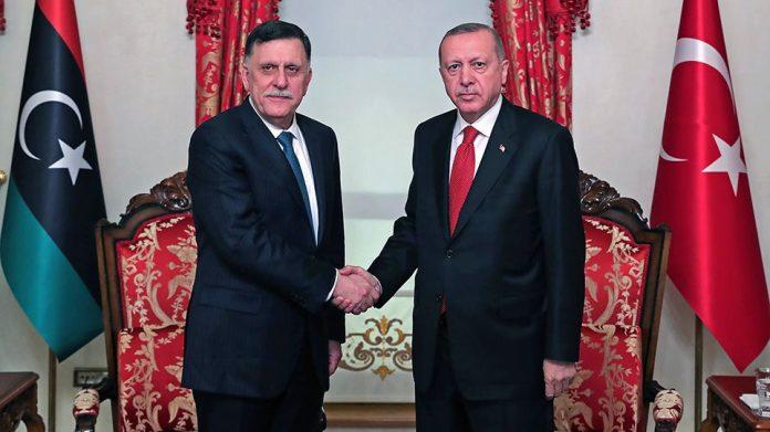 Γιατί κυβέρνηση και κόμματα αιφνιδιάστηκαν από το Μνημόνιο Τουρκίας-Λιβύης για τα ανύπαρκτα κοινά όρια της ΑΟΖ; | tovima.gr