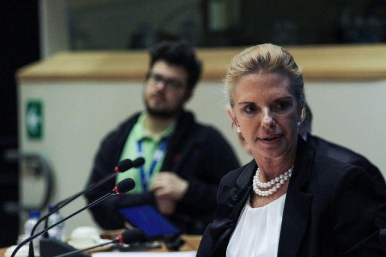 Προσφυγικό : Κατεπείγουσα ερώτηση Βόζεμπεργκ για την αποσυμφόρηση των νησιών | tovima.gr