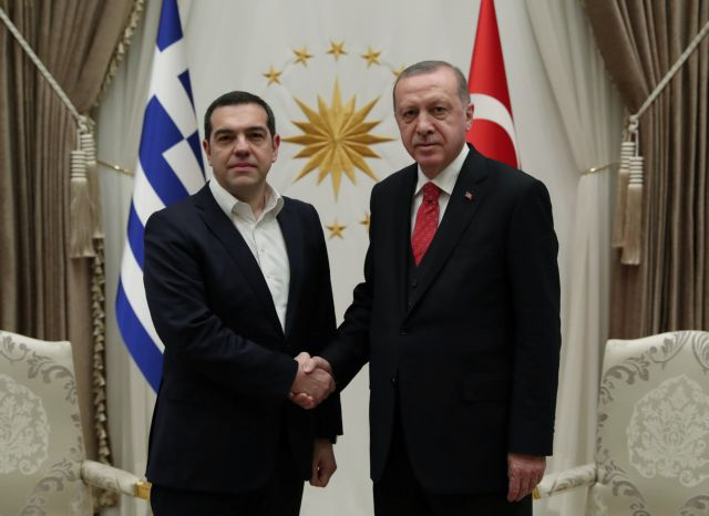 SYRIZA questions Mitsotakis' answer to Erdogan linking it to terrorism | tovima.gr