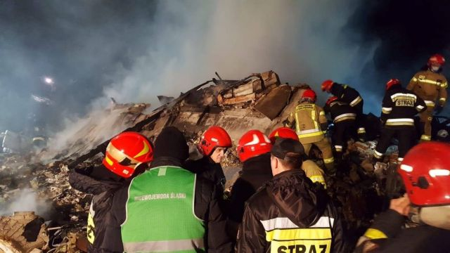 Πολωνία: Κατέρρευσε κτίριο σε χιονοδρομικό – τέσσερις νεκροί | tovima.gr