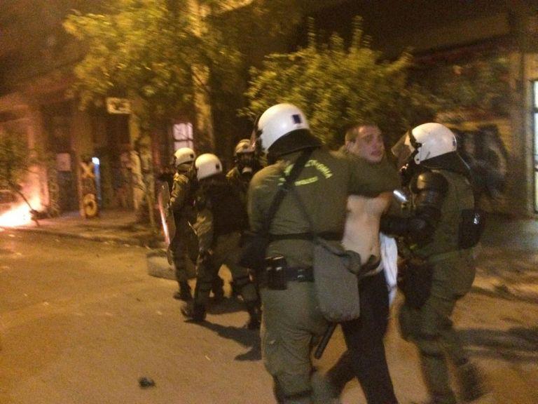 Επέτειος Γρηγορόπουλου : Επίδειξη δύναμης από την ΕΛ.ΑΣ. παρά την ειρηνική πορεία | tovima.gr