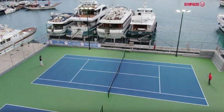 Ολυμπιακός: Τένις με φόντο τη θάλασσα του Πειραιά (vid+pics) | tovima.gr
