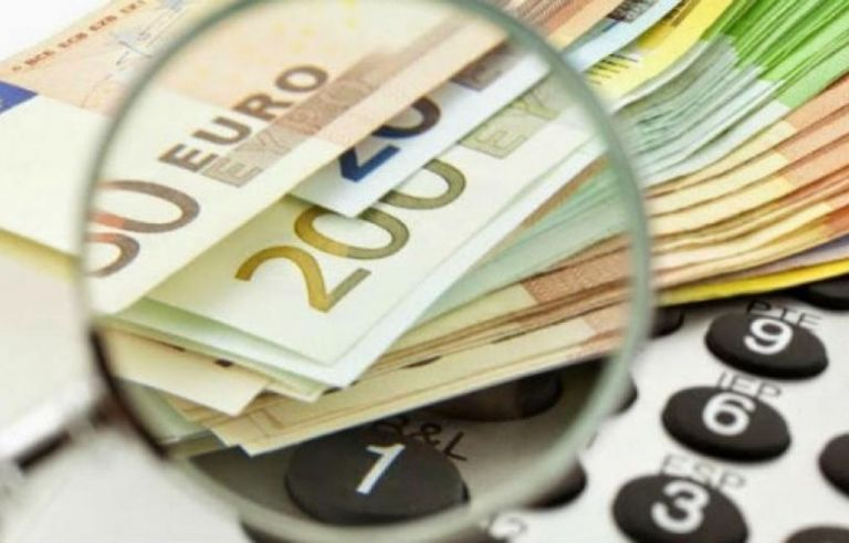 Telegraph: Φως στην μαύρη οικονομία της Ελλάδας | tovima.gr