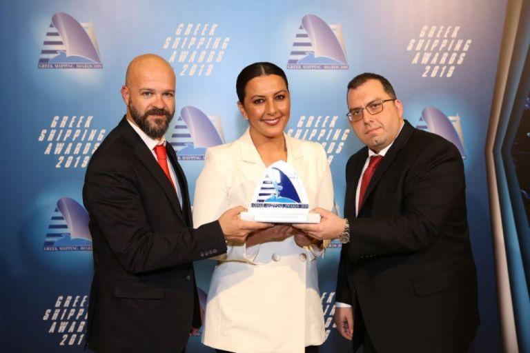 Βράβευση Δήμου Πειραιά στα Lloyd's List Greek Shipping Awards   tovima.gr