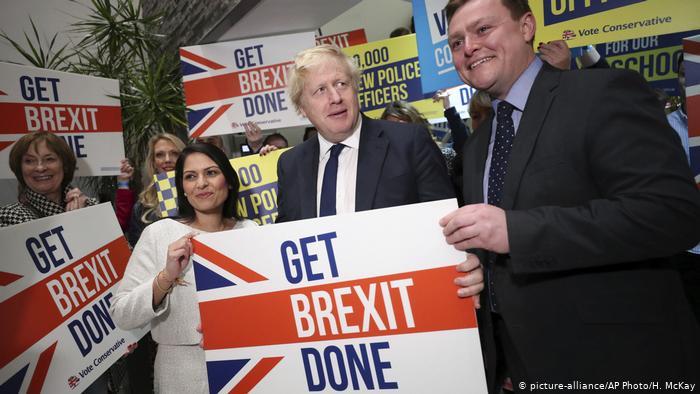 Όλα ανοιχτά μετά τις βρετανικές εκλογές | tovima.gr