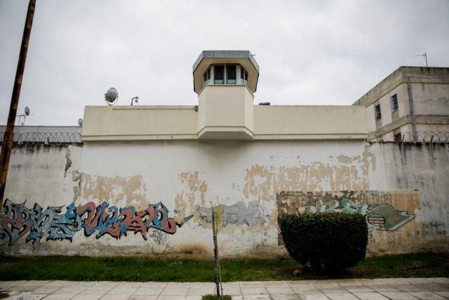 Φυλακές Κορυδαλλού: Οι εξωτερικοί φρουροί καταδικάζουν την επίθεση στον διοικητή τους | tovima.gr