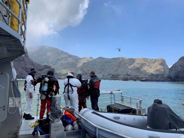Νέα Ζηλανδία: Συνεχίζονται οι έρευνες για σορούς αγνοουμένων από την έκρηξη του ηφαιστείου   tovima.gr