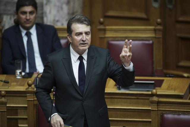 Χρυσοχοΐδης: Έρχεται ο νόμος για τις πορείες – Οι δρόμοι δεν θα κλείνουν ασυλλόγιστα | tovima.gr