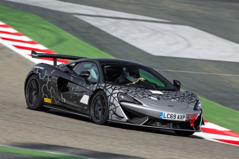 McLaren 620R : Φόρος τιμής στην αγωνιστική 570S GT4 | tovima.gr