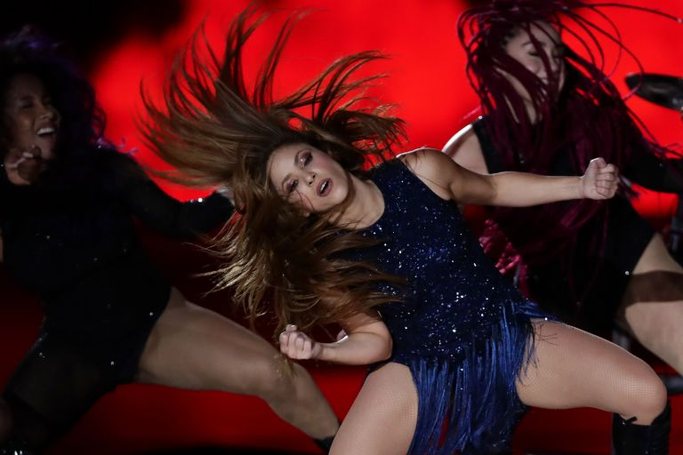 Shakira: Μαγεύει τα πλήθη ξανά | tovima.gr