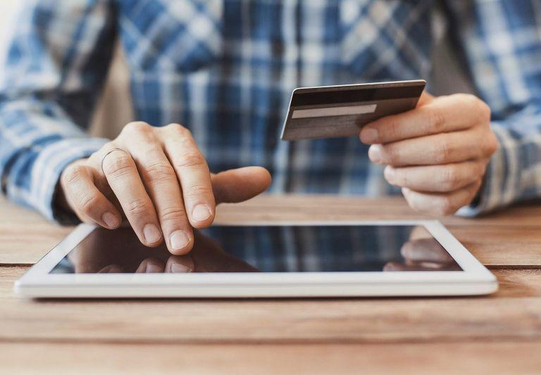 Λιανεμπόριο : Θα επιδοτείται η δημιουργία e-shop καταστημάτων | tovima.gr