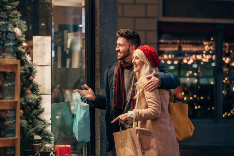 Shopping Tips: Κάντε τις προσφορές να σας κυνηγούν | tovima.gr