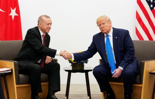 Τηλεφωνική επικοινωνία Τραμπ – Ερντογάν για τη Λιβύη | tovima.gr