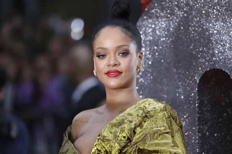 Rihanna:  Real Diamond   tovima.gr