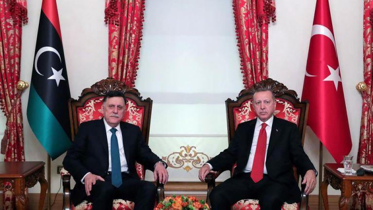 Stratfor: Ο μεγάλος κίνδυνος για την Άγκυρα με την εμπλοκή της στη Λιβύη | tovima.gr