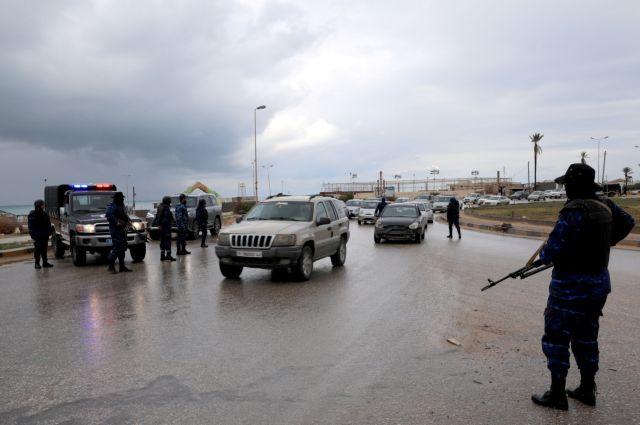 Η Αθήνα ζητά τήρηση του εμπάργκο όπλων στη Λιβύη   tovima.gr