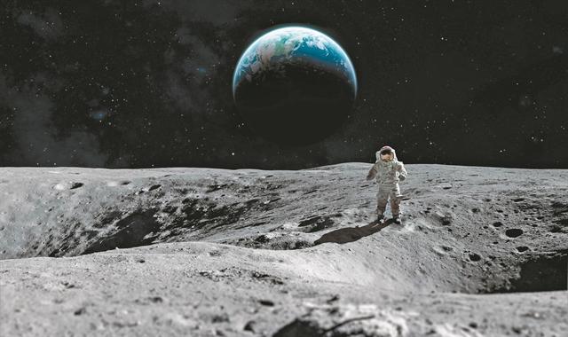 Στα χνάρια του Νιλ Αρμστρονγκ – Επιστροφή στη Σελήνη… και απόβαση στον Αρη | tovima.gr