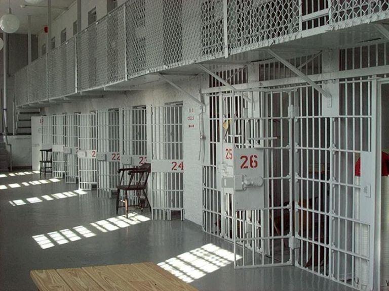 Μετεγκατάσταση των φυλακών Κορυδαλλού στον Ασπρόπυργο   tovima.gr