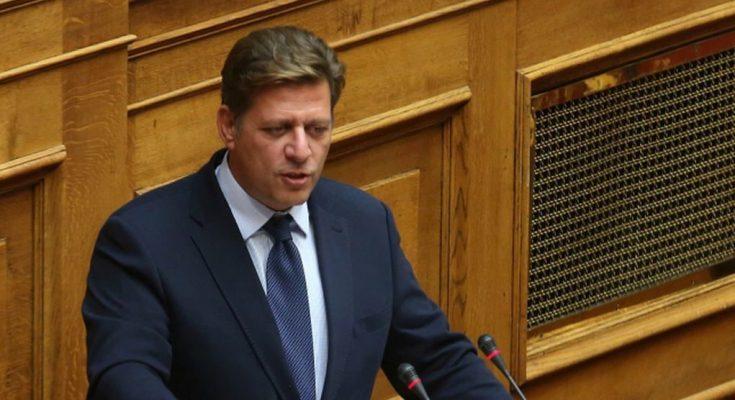 Τροπολογία Βαρβιτσιώτη για τις 420 προσλήψεις και 190 μετατάξεις τελωνειακών λόγω Brexit | tovima.gr
