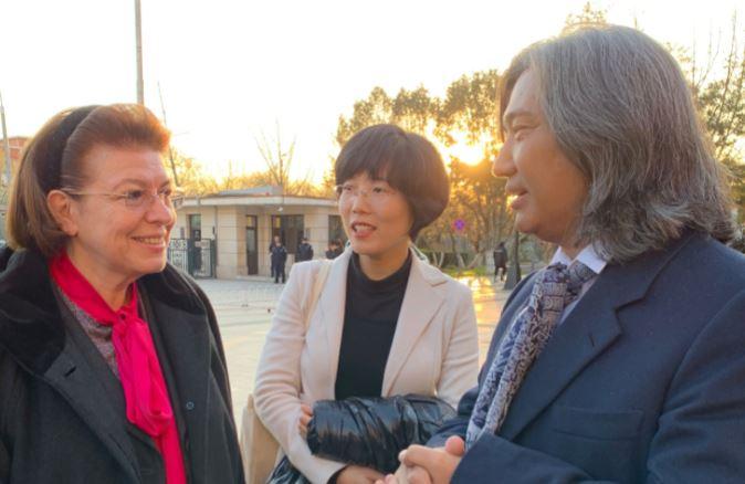 Συνάντηση Μενδώνη με τον διευθυντή του Εθνικού Μουσείου Τέχνης της Κίνας | tovima.gr