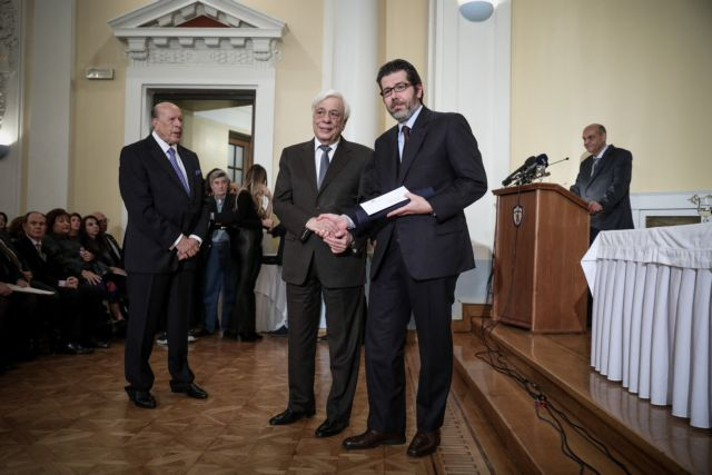 Βραβείο Μπότση στον συντάκτη του Βήματος Αγγ. Αθανασόπουλο   tovima.gr