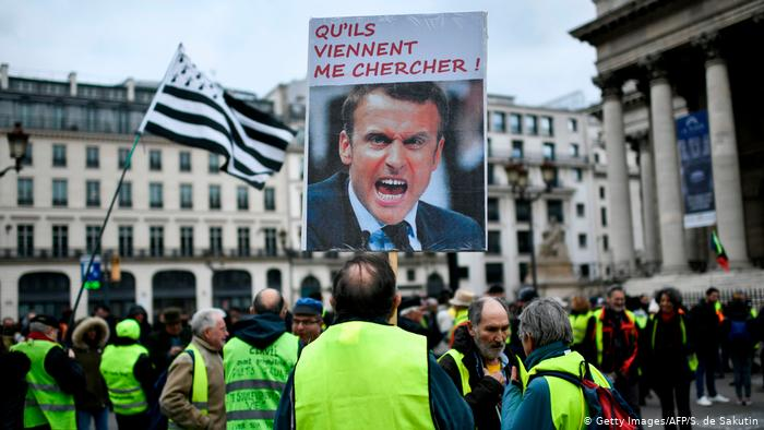 Θα καταφέρει να αναστρέψει το κλίμα ο Μακρόν; | tovima.gr