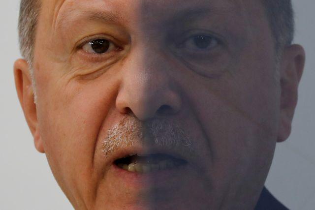 Επιμένει ο Ερντογάν: «Θα παραμείνουμε στη Λιβύη» | tovima.gr