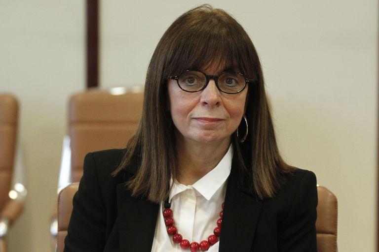 Η πρώτη γυναίκα Πρόεδρος και ο όρκος | tovima.gr