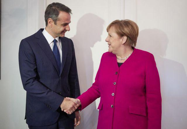 Μέρκελ: Ο Μητσοτάκης εφαρμόζει πραγματικά εντατικές μεταρρυθμίσεις   tovima.gr