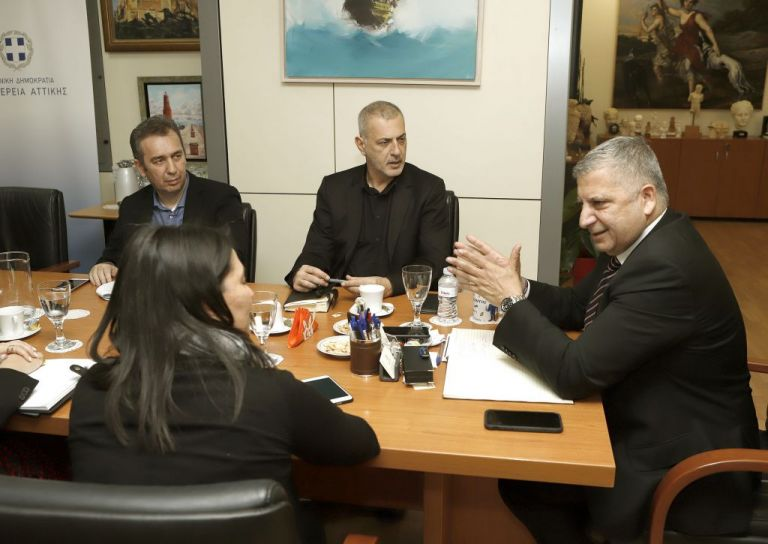 Συνάντηση Μώραλη – Πατούλη για τη νέα χρηματοδότηση του Δημοτικού Θεάτρου Πειραιά | tovima.gr