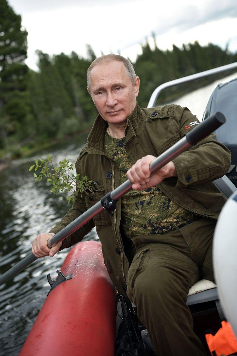 Βλαντιμίρ Πούτιν: 20 χρόνια στον θρόνο της εξουσίας | tovima.gr