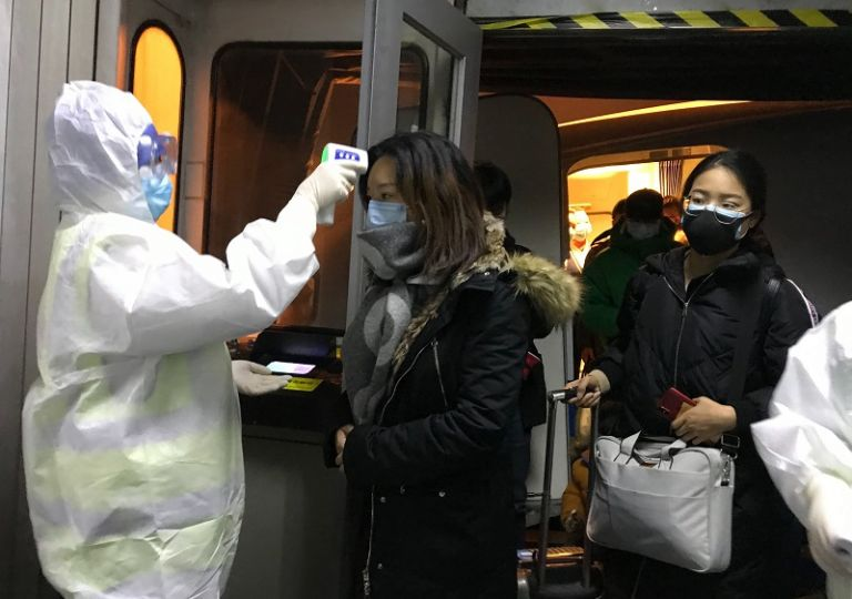 Συναγερμός για τον κοροναϊό: Σε καραντίνα και δεύτερη πόλη στην Κίνα | tovima.gr