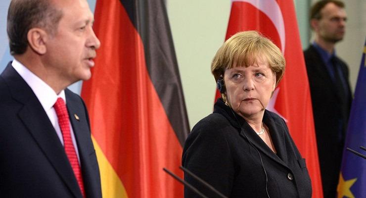 Μέρκελ βλέπει Ερντογάν στην Τουρκία μετά το «χαστούκι» της Bundestag για τη συμφωνία με Λιβύη | tovima.gr