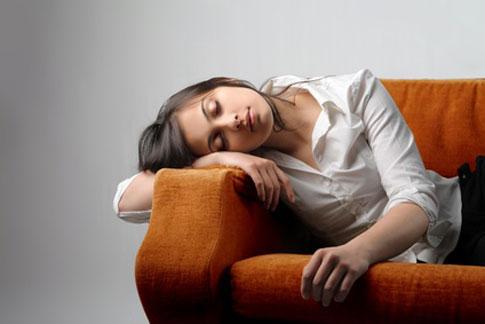 Σύνδρομο Χρόνιας Κόπωσης: Ασθένεια χωρίς αποτελεσματική θεραπεία | tovima.gr