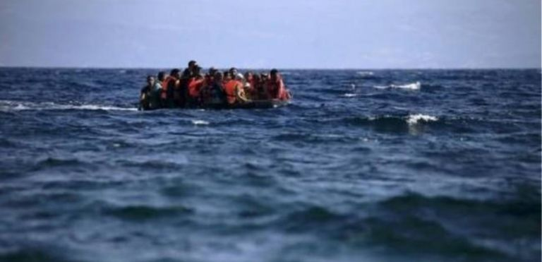 Διευκρινίσεις για το πλωτό φράγμα στο Αιγαίο ζητά η Κομισιόν   tovima.gr