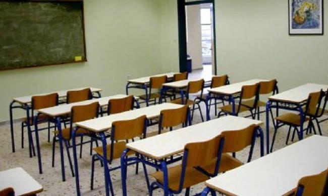 Τι αλλάζει στη μοριοδότηση αναπληρωτών εκπαιδευτικών – Νέες ρυθμίσεις Κεραμέως | tovima.gr
