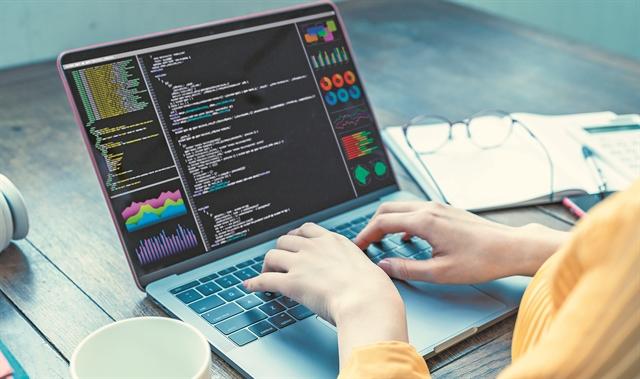 Python: Δεν είναι φίδι, είναι γλώσσα προγραμματισμού | tovima.gr