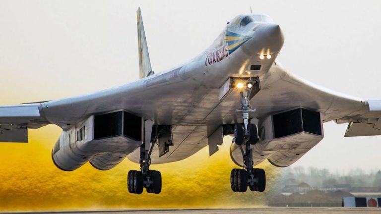 Ρωσικά υπερηχητικά βομβαρδιστικά εντοπίστηκαν στα σύνορα Καναδά – ΗΠΑ | tovima.gr