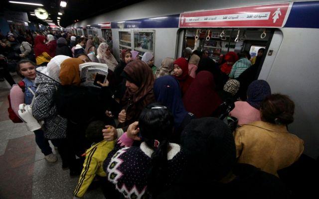 Αίγυπτος: Τα 100 εκατ. αγγίζει ο πληθυσμός της «εντός των τειχών»   tovima.gr