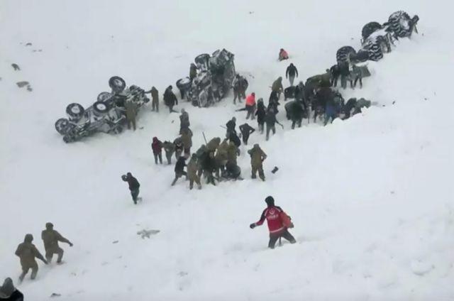 Στους 41 οι νεκροί από τις δύο χιονοστιβάδες στην Τουρκία   tovima.gr