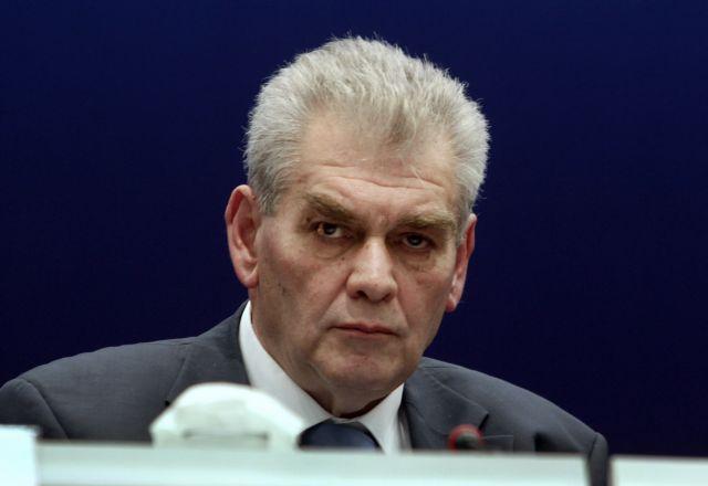 Απάντηση Παπαγγελόπουλου στις καταγγελίες Τσατάνη | tovima.gr